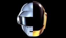 DAFT PUNK OFFICIALlY RELEASES GET LUCKY SINGLE